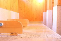 【English-friendly Spots in Sasebo 英語OKな店】Bedrock Bathing To Detox Your Body 日本生まれのサウナ 「岩盤浴」でデトックス