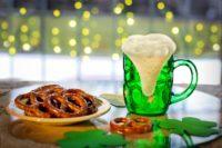 【大人の異文化体験】世界が緑に染まるセント・パトリックス・デー(Saint Patrick's Day)!|名物【緑のビール】の作り方を教えるよ
